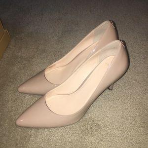 Cole Haan heels !
